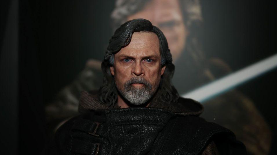 Hot Toys Luke Skywalker Review 32