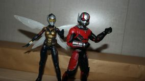 Marvel-Legends-Ant-Man-Review-2