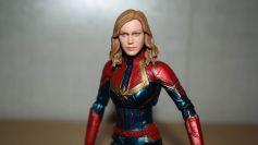 Marvel-Legends-Captain-Marvel-Review-14