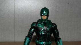 Marvel-Legends-Yon-Rogg-Captain-Marvel-Review-9