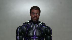 Marvel Legends Review T'Challa Vibranium Suit (Black Panther) 14