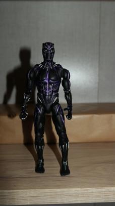 Marvel Legends Review T'Challa Vibranium Suit (Black Panther) 4