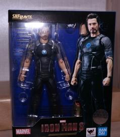 S.H Figuarts Tony Stark Iron Man 3 Review 1