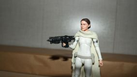 Star Wars The Black Series Padme Amidala Review 6