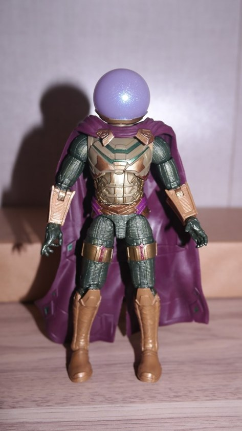 Marvel Legends Review Mysterio (Spider-Man Far From Home) 3